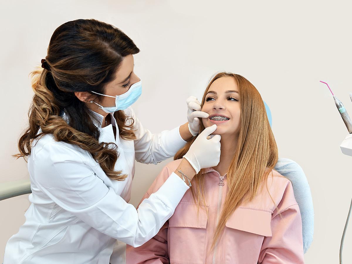 Studio Dentistico Annalisa Dellimauri - Servizi